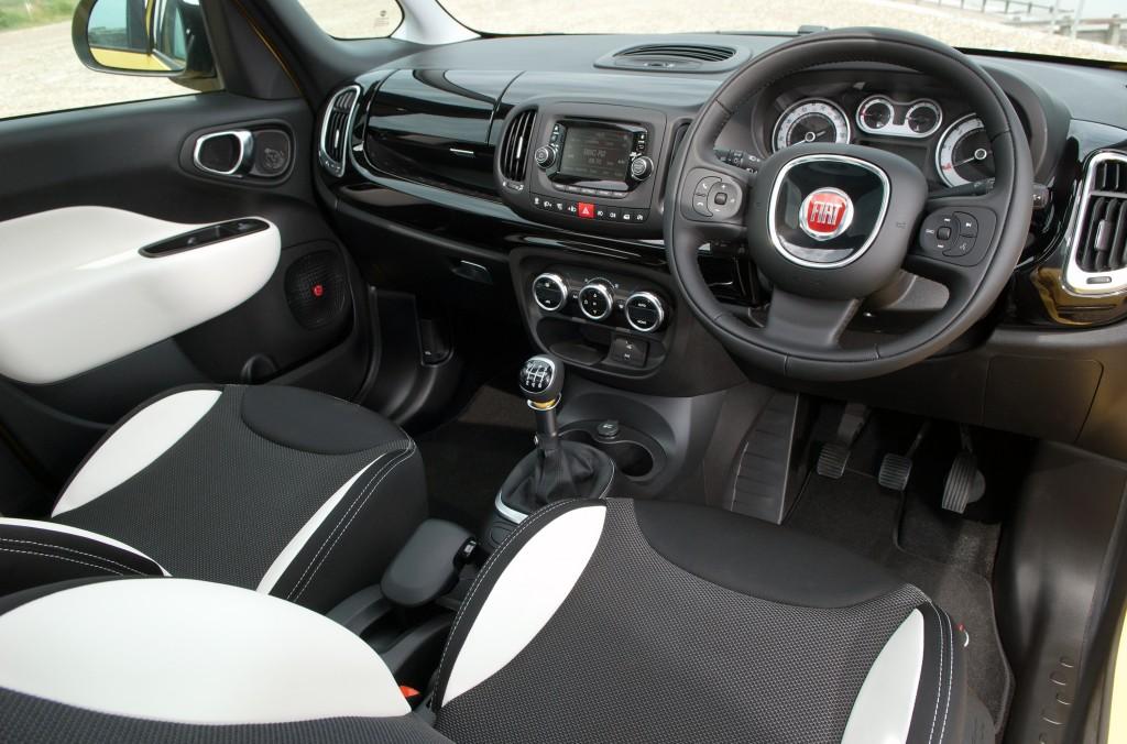 Fiat 500L Trekking Cabin