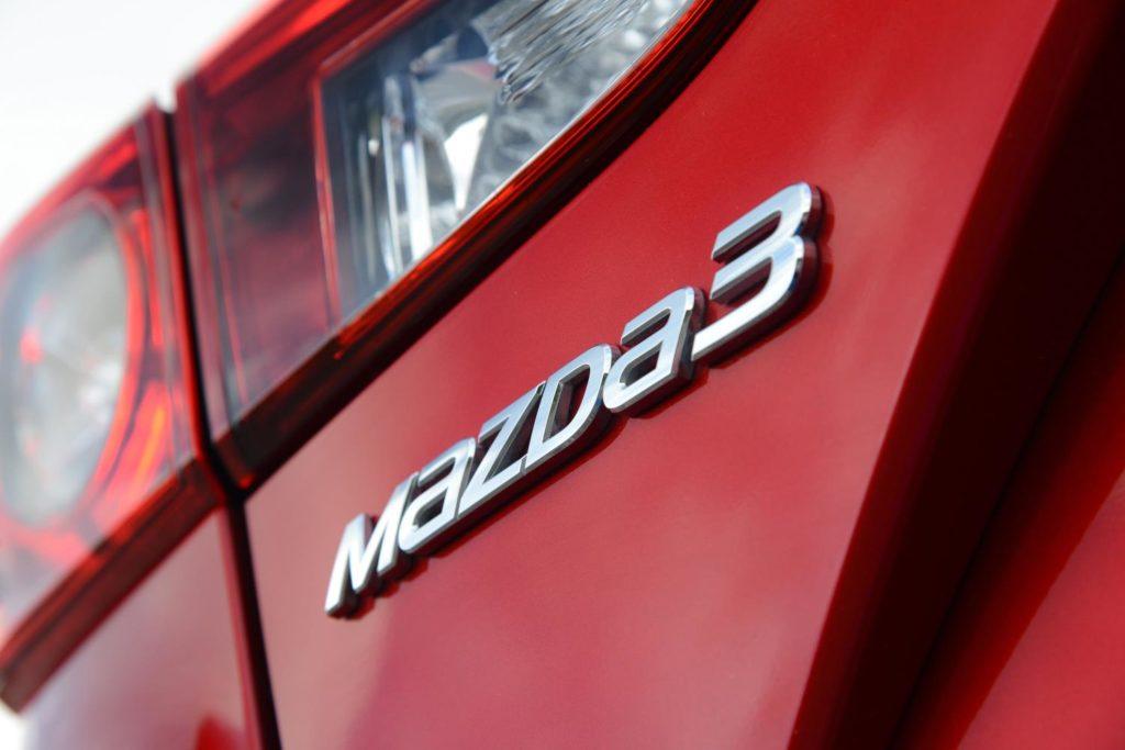 new-mazda3-badge